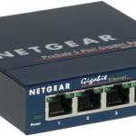 SWITCH 5P LAN Gigabit NETGEAR GS105GE L2 DESKTOP Metal case -Garanzia a vita- Fino:31/05