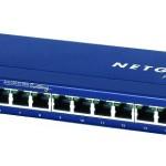 SWITCH 16P LAN 10/100M NETGEAR FS116GE Desktop Metal case -Garanzia a vita