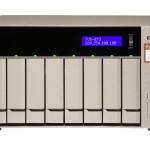 QNAP TURBO NAS 8 BAIE AMD RX-421BD QC 2.5 3.5 4GB