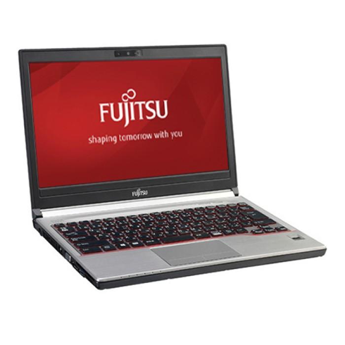 Notebook Fujitsu Lifebook E736 Core i7-6500U 8Gb Ram 500Gb DVD-RW 13.3' Windows 10 Professional